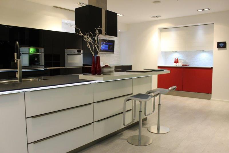 st rmer k chen oman. Black Bedroom Furniture Sets. Home Design Ideas