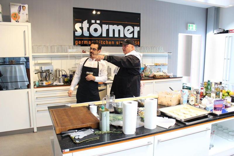 St rmer k chen oman for Stormer cuisine